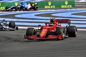 Sainz szerint a Ferrarinak most többet kell kísérleteznie