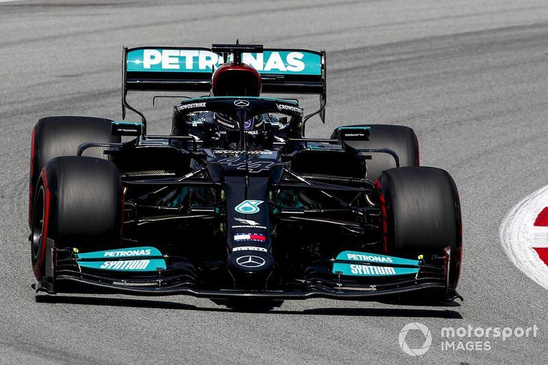 Spanish GP: Hamilton tops FP2 from Bottas, Leclerc