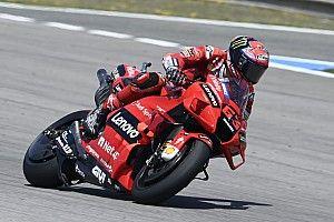 MotoGP: Bagnaia assume liderança inédita e vê Márquez 50 pontos atrás; confira tabela