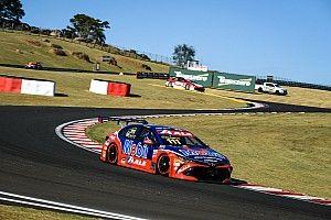 Stock: Rubinho brilha com Toyota e vence de ponta a ponta em Mogi
