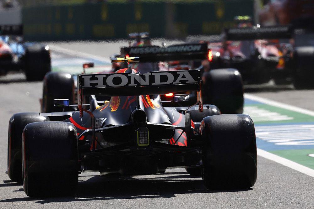 FIA введет новые проверки крыльев на гибкость после слов Хэмилтона