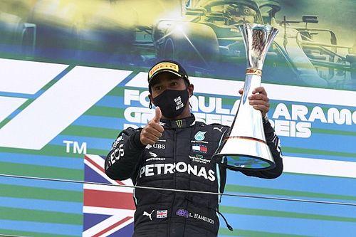 """مرسيدس: هاميلتون """"انتزع زمام"""" سباق جائزة إيفل الكبرى"""