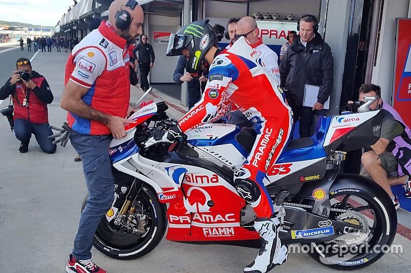 Pecco Bagnaia inizia a scoprire la sua Ducati: primi giri a Valencia per il campione Moto2