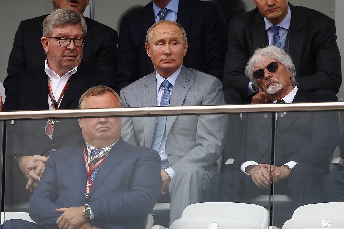 «Я бы заслонил Путина от пули». Экклстоун подтвердил симпатии к российскому президенту