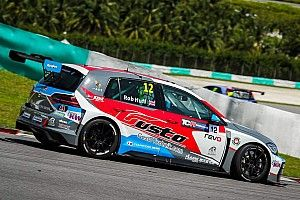 Malaysia: Rob Huff è imprendibile e conquista la pole position a Sepang