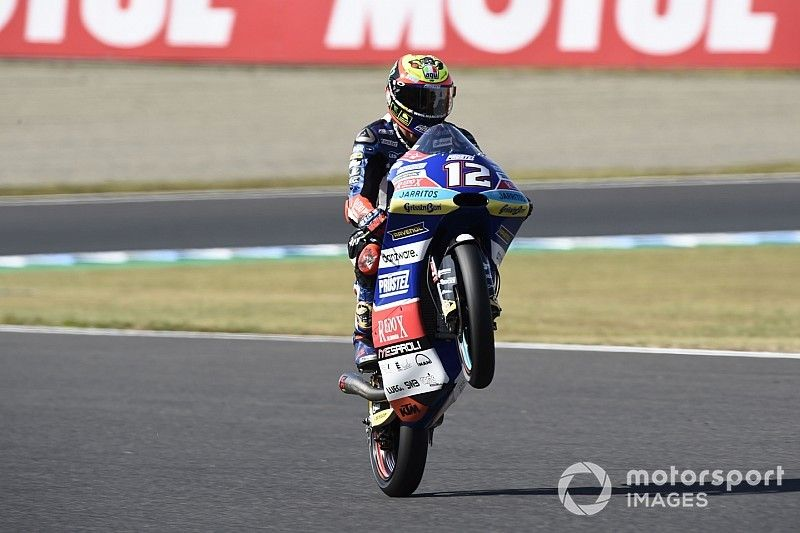 Motegi Moto3: Bezzecchi wins thriller as Martin crashes