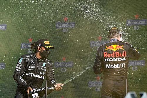 """Hamilton admite que Red Bull fue """"demasiado rápido"""" para Mercedes"""