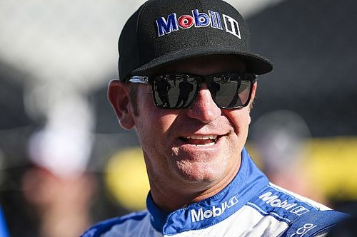 Bowyer takes Open pole over Blaney