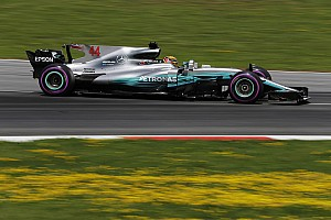 Forma-1 BRÉKING Hamilton mindenkinél gyorsabbnak érezte magát