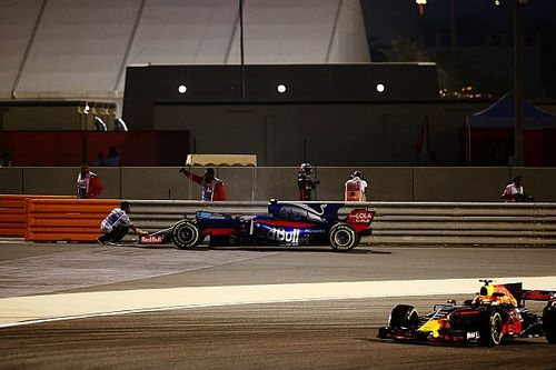 Horner insiste en retirar el T-wing tras el incidente de Bottas y Verstappen
