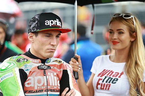 Video del incidente en el cambio de moto de Iannone y Aleix Espargaró