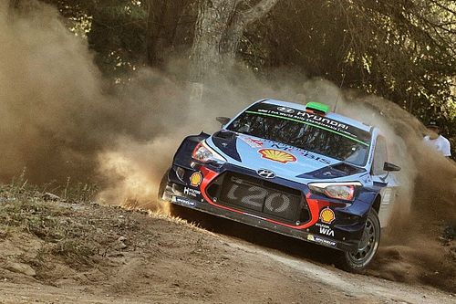 Italy WRC: Paddon maintains small lead, Neuville hits trouble