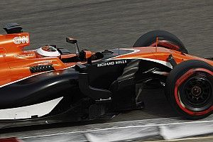 "McLaren: season will ""collapse"" if we stop chassis push"