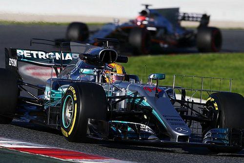 """""""Hamilton kan hele veld op een hoop rijden na opdonder van Rosberg"""", zegt Jordan"""