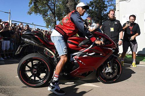 Hamilton fará mais projetos de moto com MV Agusta