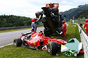 Galería: el accidente de Alonso y Raikkonen en Austria 2015