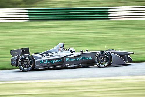 Jaguar mengatasi masalah mobil sementara tes Formula E berlanjut