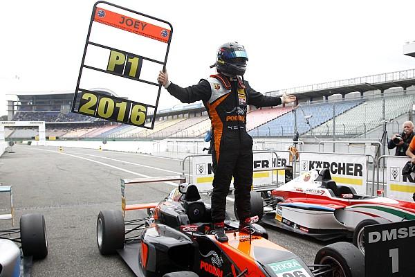 Joey Mawson sichert sich den Formel-4-Titel