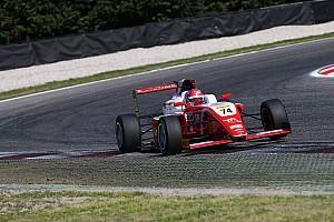 Fórmula 4 Últimas notícias Brasileiros não têm bons resultados no sábado pela F4