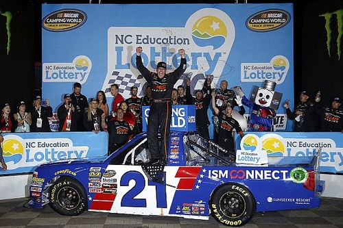 Johnny Sauter pulls away for first Truck win at Charlotte