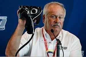 Гонщиков IndyCar начали тестировать с помощью странных очков. Зачем?