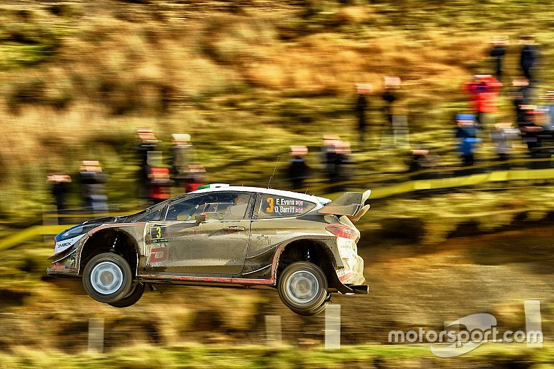 WRCイギリス:エバンス奪首でMスポーツ1-3。トヨタ5番手