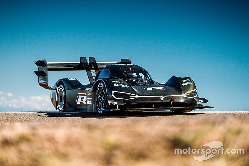 Dumas: Electric VW the best car I've driven at Pikes Peak