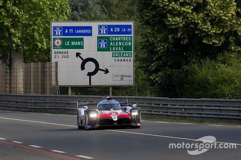 Le Mans test day: Alonso tops morning session for Toyota
