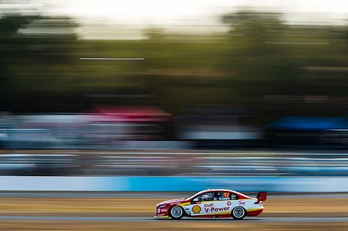 Ipswich Supercars: McLaughlin storms to Race 1 pole
