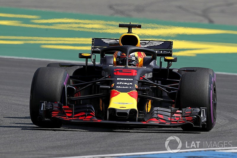 German GP: Ricciardo outpaces Hamilton by 0.004s in FP1