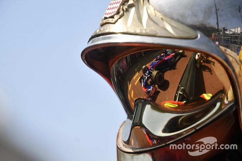 Hartley hátsó kameranézetből Leclerc becsapódása Monacóból
