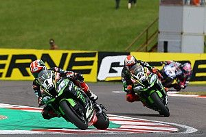 Kawasaki beffata in gara, record rimandato per Rea