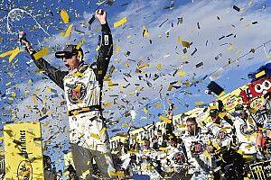 NASCAR Cup Series: Harvick bukukan kemenangan beruntun