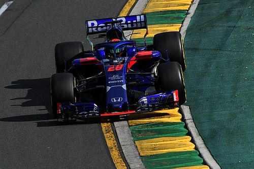 "Vergne: Hartley's Toro Rosso call-up ""makes me laugh"""