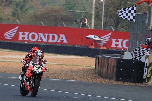 Buriram WSBK: Davies wins, both Kawasakis suffer
