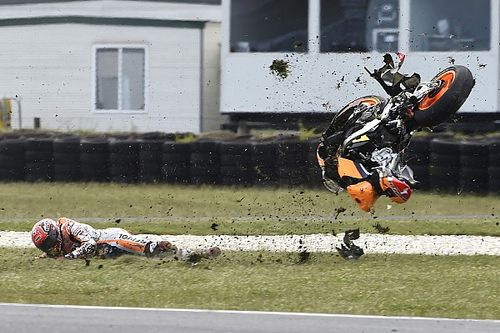 Marquez admits over-confidence caused Phillip Island crash