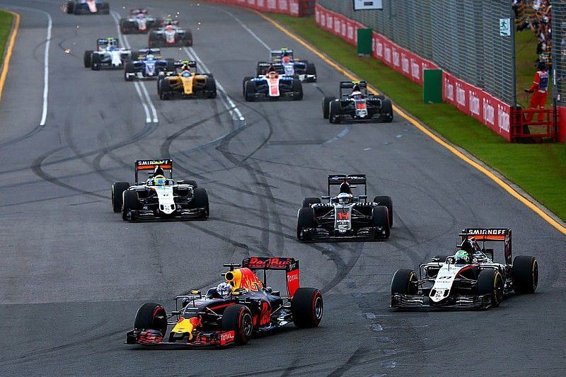 F1's 'best of the rest' fight too close to call