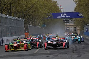 Formule E Résumé de course Lucas di Grassi remporte le premier ePrix de Paris!