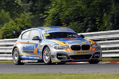 Oulton Park BTCC: Tordoff sees off Subarus for Race 2 win