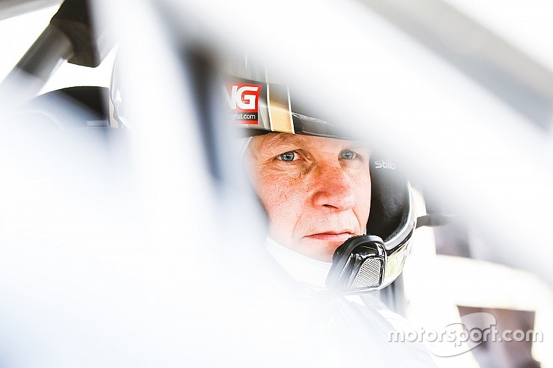 Lydden World RX: Solberg maintains lead before finals