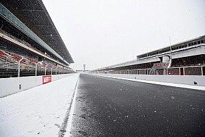 """雪で""""失われた""""テスト3日目。フェラーリ「作業を行う理由がなかった」"""