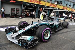 Mercedes toma un camino conservador con los neumáticos para China