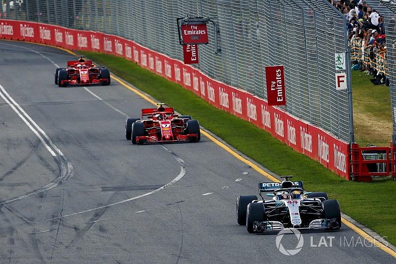 ハミルトン、ボッタス奮起を期待!?「1対2ではフェラーリと戦えない」
