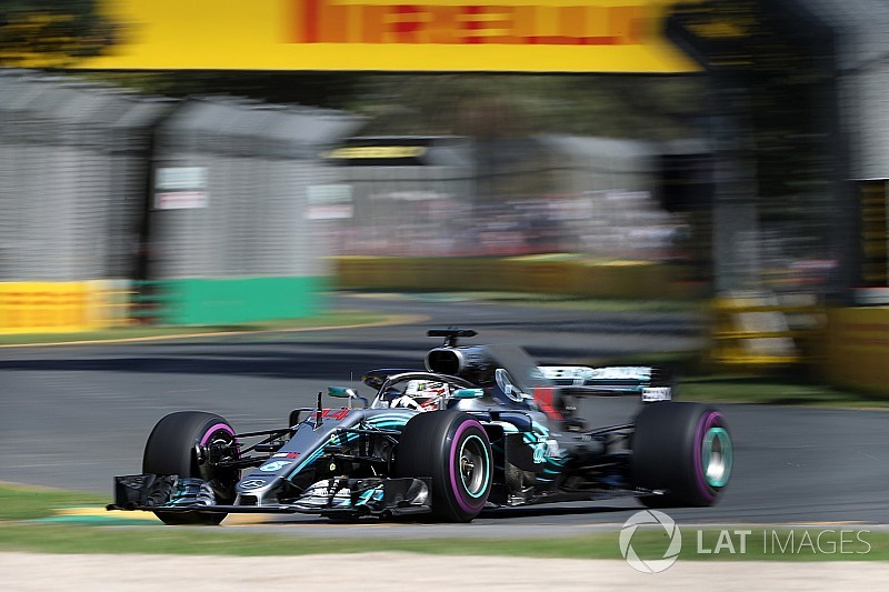 australian gp hamilton tops first practice of f1 2018. Black Bedroom Furniture Sets. Home Design Ideas