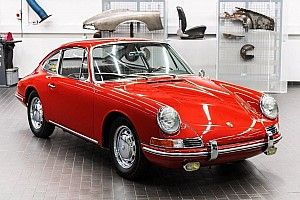 最古の911/901、オリジナル車両がポルシェ・ミュージアムで一般公開
