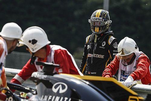 Renault, FIA'yı görevlilerin araca eldivensiz dokunması konusunda uyarmış
