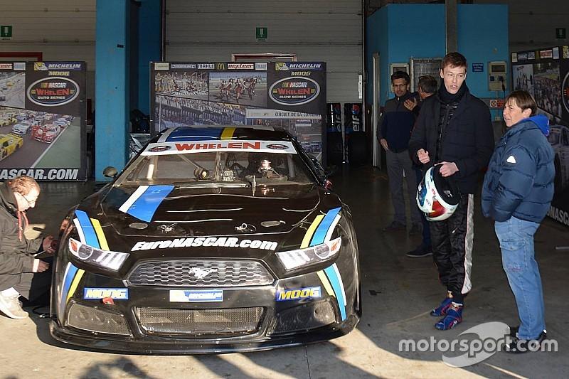 Квят на тестах машины Euro NASCAR: фото