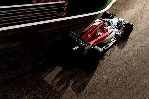 Belső kamerás videón, ahogy Ericsson lezúzza a Haast