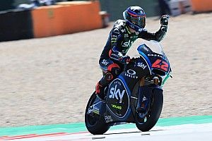 Moto2 Belanda: Bagnaia dominan, Baldassarri pecah ban