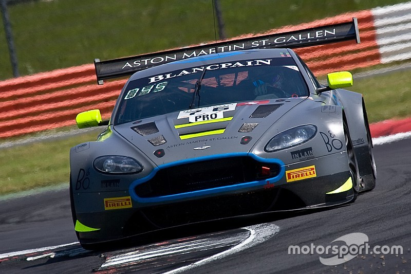 Aston Martin squad lodges first Bathurst entry